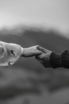 The emotional and sweet Scottish Highlands Wedding of Jordan and Trevor captured by Scotland Wedding Photographer The Kitcheners. Hand Photography, Couple Photography, Emotional Photography, Dreamy Photography, Wedding Fotos, Couple Aesthetic, Cute Couples Goals, Happy Couples, Jolie Photo