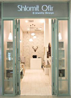 a new aqua jewelry storefront in Rehovot Mall, Israel
