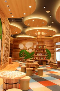 Children's Library Design Inspirations in a Modern and Minimalist Style Daycare Design, Classroom Design, School Design, Kindergarten Interior, Kindergarten Design, Kids Library, Library Design, Office Deco, Indoor Playground