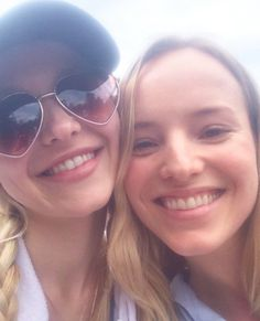 Dove Cameron and Claire Hosterman is dove sister ❤️❤️❤️☺️dove sister is very pretty
