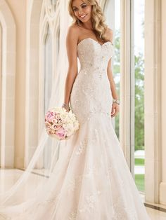 Stella York 6051 Wedding Dress Fit & Flare Strapless