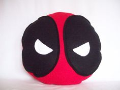 Deadpool Pillow I think I can make this