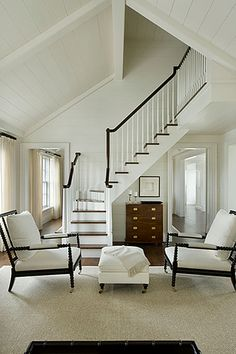 Nantucket, by architect Matthew Sapera Fine Homes and interiors by Barbara Waltman