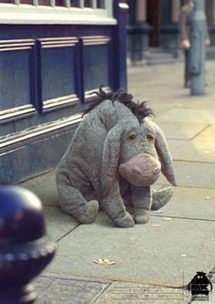 I have always loved Eore. He was my favorite Winnie the Pooh character. Winnie Pooh Dibujo, Peluche Winnie The Pooh, Winne The Pooh, Winnie The Pooh Quotes, Winnie The Pooh Friends, Eeyore Quotes, Friend Quotes, Quotes Quotes, Christopher Robin