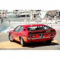 Looking for the Lamborghini Espada of your dreams? There are currently 10 Lamborghini Espada cars as well as thousands of other iconic classic and collectors cars for sale on Classic Driver. Maserati, Bugatti, Ferrari, Porsche, Lamborghini Espada, Lamborghini Cars, Daimler Ag, Raging Bull, Race Engines