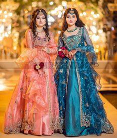 Asian Wedding Dress Pakistani, Beautiful Pakistani Dresses, Pakistani Fashion Party Wear, Pakistani Dresses Casual, Pakistani Dress Design, Beautiful Dresses, Party Wear Indian Dresses, Indian Gowns Dresses, Indian Fashion Dresses