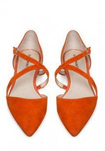 New Wedding Shoes Flats Orange Fun Ideas Pretty Shoes, Beautiful Shoes, Orange Flats, Hot Shoes, Shoe Closet, Glass Slipper, Wedding Shoes, Me Too Shoes, Fashion Shoes