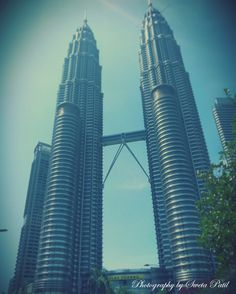Was amazing to see this big tower... #twintower #malaysia #commercialHub #travel #tour
