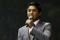 """He's popularly known as Coco Martin. But the Actor of the Year nominee is actually Rodel Luis Nacianceno to those who know him personally. And for Vice Ganda, Coco's long-time best friend, he's """"Deng Deng. Coco Martin, Vice Ganda, Young Actors, Celebs, Celebrities, Actors & Actresses, Real Life, Abs, Philippines"""