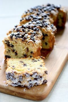 This sounds a lot like one of my favorite childhood desserts, Aunt Helen's sour cream cake: Buttermilk-Chocolate Chip Crumb Cake Just Desserts, Delicious Desserts, Yummy Food, Health Desserts, Sweet Recipes, Cake Recipes, Dessert Recipes, Breakfast Recipes, Picnic Recipes