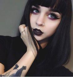 Beautiful dark Make Up 2018 Gothic Punk Makeup, Edgy Makeup, Gothic Makeup, Grunge Makeup, Makeup Goals, Makeup Inspo, Makeup Inspiration, Hair Makeup, 80s Makeup