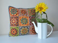MAndala stashbusters for crochet: sunflower pillowcase by lilla bjorn crochet