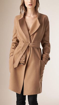 $1,595 Burberry Camel Relaxed Fit Wool Cashmere Coat - Image 1