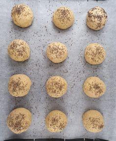 Brød/Knekkebrød/kjeks – Side 2 – Velkommen til min matverden Cottage Cheese, Lchf, Muffin, Food And Drink, Cookies, Breakfast, Desserts, Crack Crackers, Morning Coffee