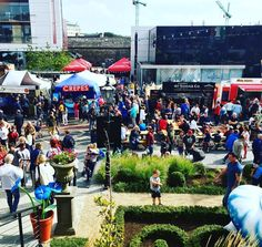 Huge crowd on the Mall in Waterford for #HarvestFest16 #WhatTheFork