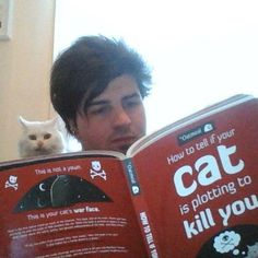 How to Tell If Your Cat Is Plotting to Kill You by Matthew Inman — Reviews, Discussion, Bookclubs, Lists
