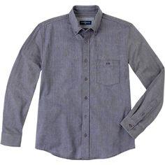 Weekend. Modelo: G811D0422L. Camisa de manga larga, con botones en el cuello, una bolsa con botón.