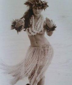 17 Best ideas about Kim Taylor Tiki Hawaii, Aloha Hawaii, Hawaii Travel, Polynesian People, Polynesian Culture, Tahiti, Kim Taylor Reece, Theme Hotel, Hawaiian Dancers