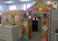 Gingerbread House Cubicle Xblog 174 Social Lifestyle Blogs