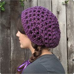 Free Crochet Pattern: Waffle Cone Slouchy Hat by Gleeful Things, via Flickr 9mm