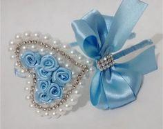 Discover thousands of images about tiara FROZEN Mais Ribbon Art, Ribbon Crafts, Ribbon Bows, Fabric Flower Headbands, Baby Headbands, Fabric Flowers, Fancy Bows, Hair Decorations, Boutique Hair Bows