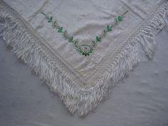 Střapcový šátek, Uherský Ostroh. Folk clothing from Uherský Ostroh (Czech Republic).