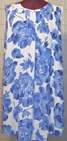 New Vera Wang Sz L or XL Blue White Floral Chiffon A Line Shift Dress W/ Pockets #VeraWangSimplyVera #ShiftALine #CasualDaywear