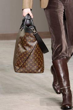 travel bag #louisvuitton #Macassar