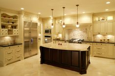 4 Resourceful Clever Ideas: Simple Kitchen Remodel Budget kitchen remodel tips layout.U Shaped Kitchen Remodel Glass Doors tiny kitchen remodel open concept.Kitchen Remodel On A Budget Country. Country Kitchen Designs, Beautiful Kitchen Designs, Best Kitchen Designs, Beautiful Kitchens, Luxury Kitchen Design, Luxury Kitchens, Home Kitchens, Kitchen Remodel Cost, Kitchen On A Budget