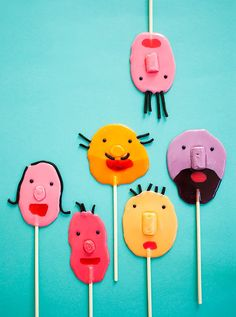 "DIY Funny Face Lollipops (from the amazing new book ""Candy Aisle Crafts"" by Jodi Levine)"