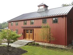 What is a Barndominium? Contents hide What is a Barndominium? Why Do You Choose Barndominium? Read moreBest Barndominium Floor Plans For Planning Your Barndominium House Metal Pole Barns, Metal Barn, Pole Barn Homes, Metal Roof, Barn House Plans, Barn Plans, Metal Building Homes, Building A House, Metal Homes