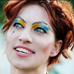 Amanda Palmer on Creativity as Connecting Dots and the Terrifying Joy of Sharing Your Art Online