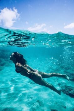 Underwater by – Bohemian Bela Summer Pictures, Beach Pictures, Summer Feeling, Summer Vibes, Trendy Swimwear, Bikini Swimwear, Beach Aesthetic, Bikini Pictures, Underwater Photography