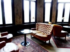 – EN – Strolling around Antwerp Zuid our eyes stumbled upon the Shilling corner. Color Tile, Leather Sofa, Cosy, Tiles, Flooring, Interior Design, Wall, Room Tiles, Nest Design