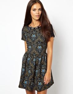 River Island Short Sleeve Tapestry Skater Dress With Jewel Necklace. I seriously love tapestry fabric for clothing.