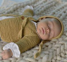 671f18e1f713 Chaquete bebé de algodón en punto Knitting For Kids, Crochet For Kids,  Crochet Bebe