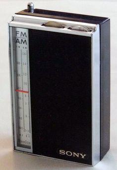 Vintage Sony AM-FM 8-Transistor Radio, Model TFM-825, Made in Japan.