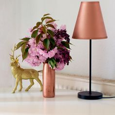 Spray paint your lamp copper with this easy tutorial and be right on trend.
