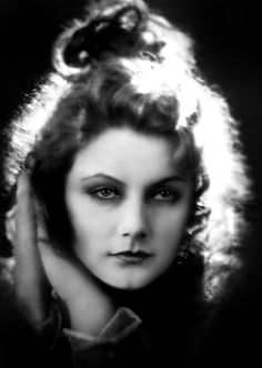 Greta Garbo at the beginning of her film career, 1924, when she is nineteen. (If you're reading this on the blog, find additional pictures by clicking the edge of the photo.) She grew up in Stockholm, in a working class family; her father died when she was fourteen, and Greta took a job as a store clerk. It was there that she was offered opportunities to model for the store's catalogs. She appeared in a commercial for the store and was spotted by a comedy director who cast her in