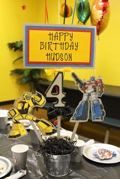Centerpieces at a Transformers Party #transformers #partycenterpieces