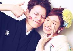 【Kimono × Hakama】自然体な撮影はスタジオがおすすめ♡ Wedding Poses, Photo Studio, Photoshoot, Japan, Couple Photos, Couples, Model, Image, Style