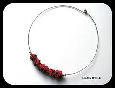 COLLIER CUIR ROUGE MODERNE DESIGN ET DISTINGUE : Collier par grain-d-aile