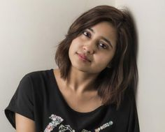 Shweta Tripathi Phone Number, House Address, Contact Address, Email Id Hollywood Girls, Hollywood Actresses, Indian Actresses, Short Hair Cuts, Short Hair Styles, Celebrity Biographies, Brown Hair Colors, Height And Weight, Bollywood Celebrities