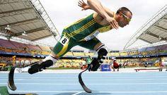Olimpiyat tarihinde ilk kez protez bacakla yarışan sporcu Oscar Pistorius