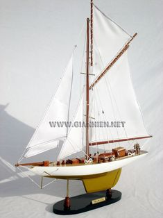Reliance sail boat model