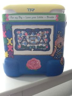 Ahh presh! I love the puzzle pieces, tfj, betxi bear, AXiD, the pink rose...EVERYTHING!