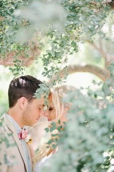 22 Best Outdoor Wedding Photography Ideas For Your Special Moment