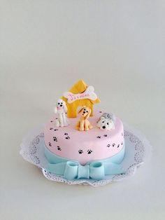 Puppy Birthday Cakes, Puppy Birthday Parties, Puppy Party, Dog Birthday, Elegant Cake Design, Elegant Cakes, Puppy Dog Cakes, Dog Themed Parties, Animal Cakes
