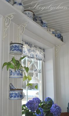 Blue and white cottage-style kitchen. Like the shelf over kitchen window held up by metal brackets Decor, Shabby Chic, Cottage Style, Blue Rooms, White Cottage, Window Shelves, White Decor, Blue White Decor, Blue And White