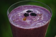 The Simple Skillet | Blueberry Smoothie